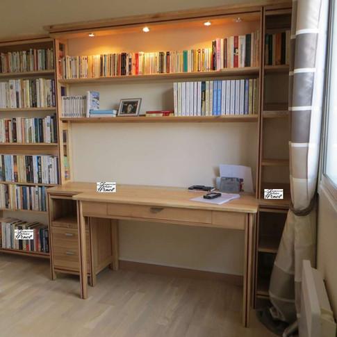 Bureau et rangement bibliothèque