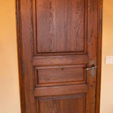 Porte intérieure vieillie