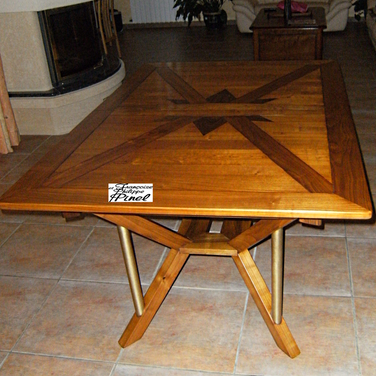 Table rectagulaire pied central