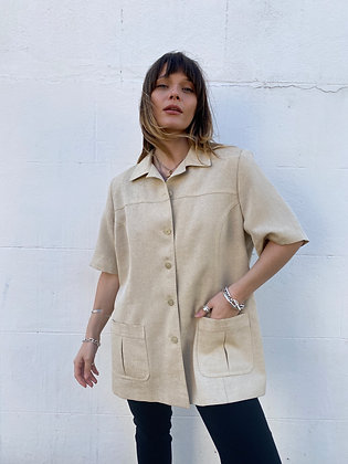 buttoned shirt with shoulder pads and pockets in beige