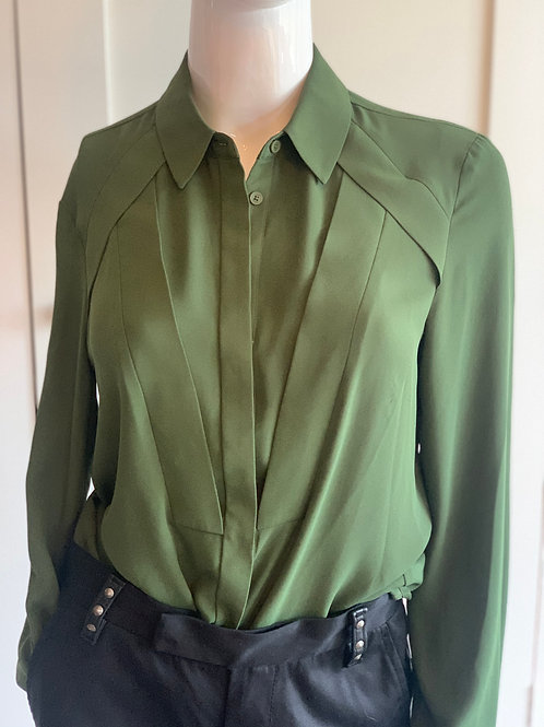 CUE LUSH GREEN TAILORED SHIRT       SIZE 8