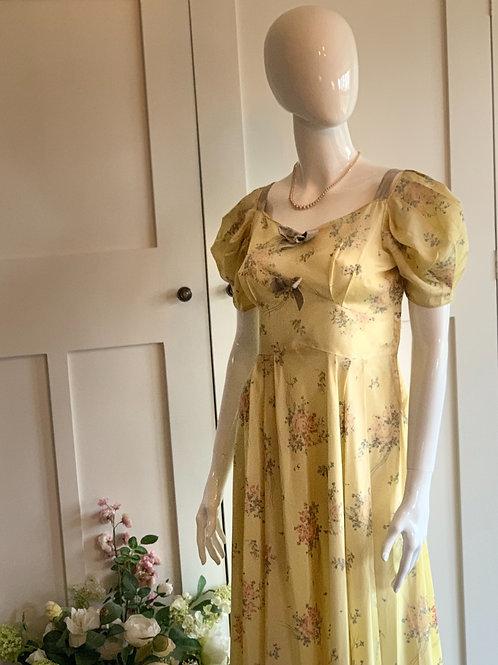 VINTAGE FLORAL TEA DRESS 1940's?  SIZE 6-8