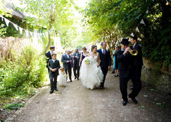 wedding party arrival 2.jpg