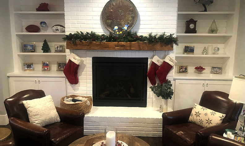 x-mas-fireplace.jpg