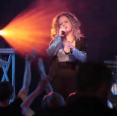 laura singing 3.jpg