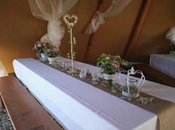 Vasen und Kerzenhalter