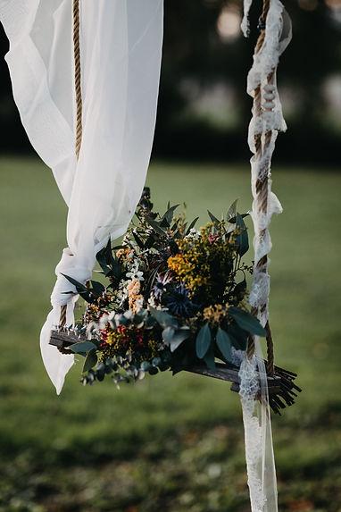 a qui le bouquet de la mariee