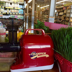 Making delicious wheatgrass on the brand new Champion 4000