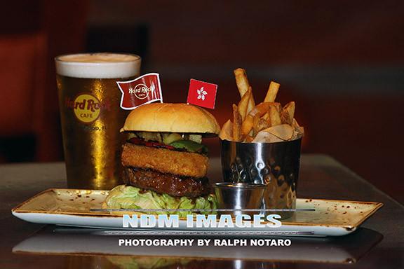 RalphNotaro02052015HRCafe Burgers130.jpg