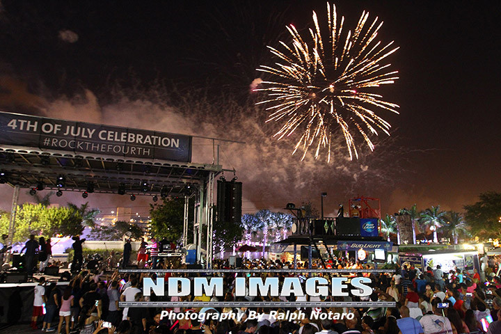 Ralph Notaro07042015Hard Rock fourth Celebration101.jpg