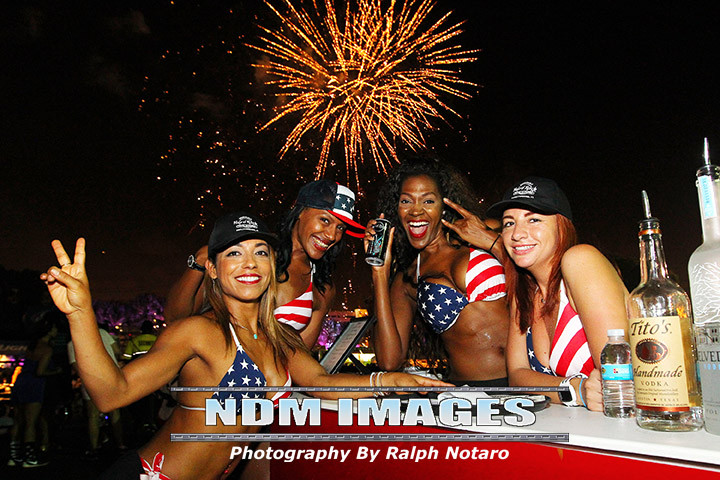 Ralph Notaro07042015Hard Rock fourth Celebration146.jpg