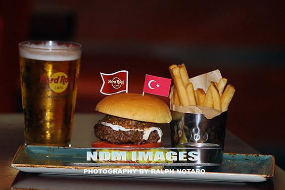 RalphNotaro02052015HRCafe Burgers150.jpg