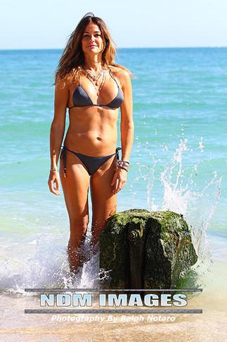 Kelly Bensimon shows off her bikini body while on weekend getaway in Miami Beach