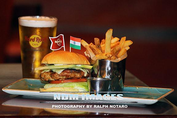 RalphNotaro02052015HRCafe Burgers116.jpg