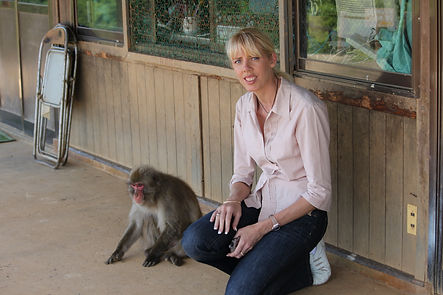 Tracey Murray with Wild Monkeys in Japan