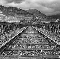 railway-2439189_1920_edited.jpg