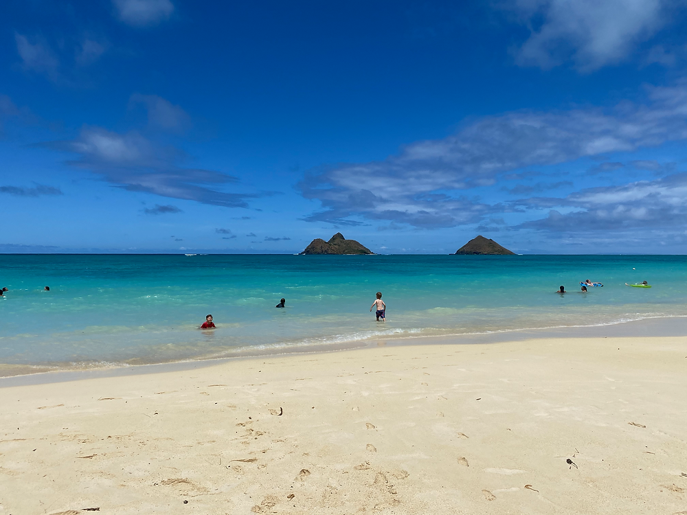Lanikai beach beach parking Hawaii O'ahu what to know about visiting Hawaii stree parking