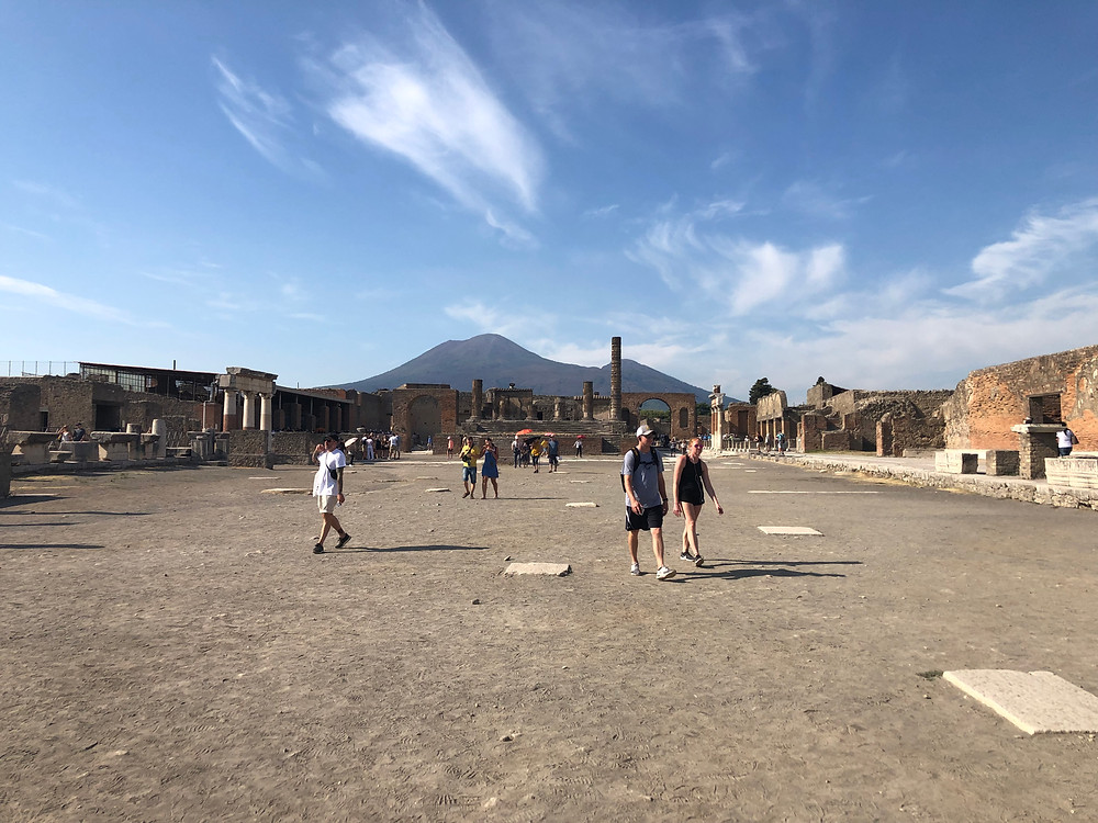 books set in Pompeii best books set in Italy books that take place in italy