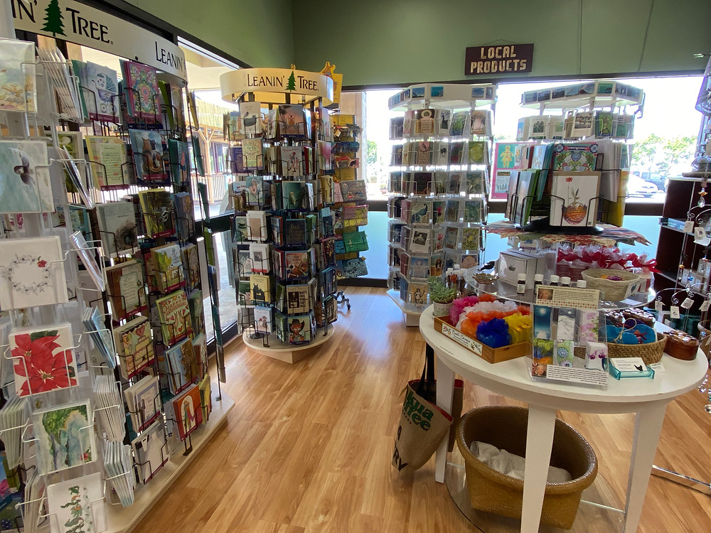 cool indie bookstores to visit on hawaii big island kona stories