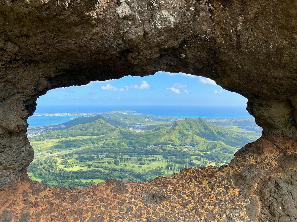 Oahu hikes Hawaii seasons windward hike Pali Puka what to know about summer winter in hawaii