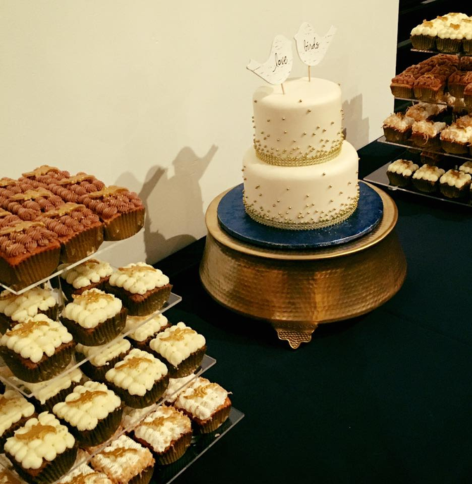 Custom CupCube and Wedding Cake!