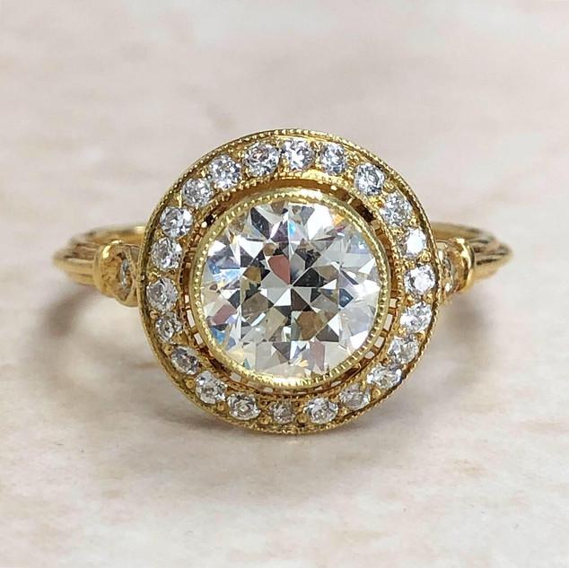18 Karat Yellow Gold 1.44 Carat Diamond Engagement Ring