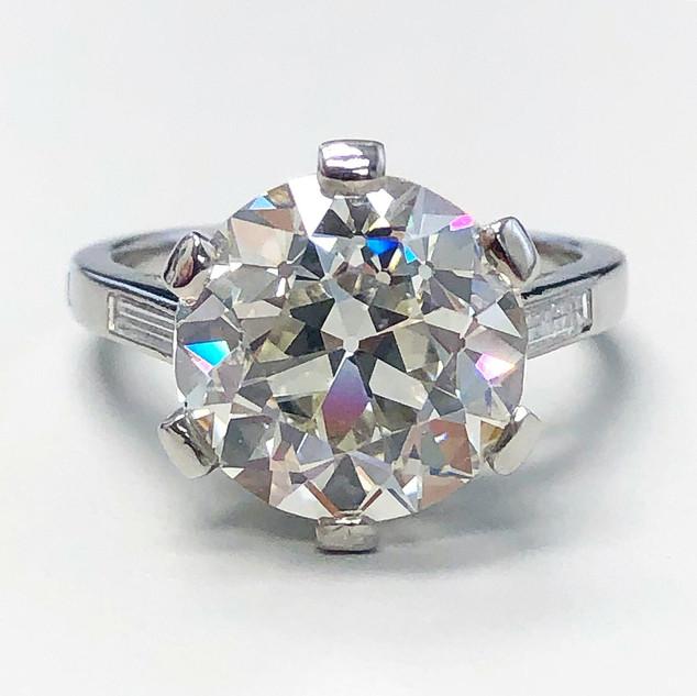 Important Vintage Boucheron Engagement Ring