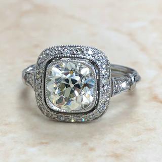 1.92 Carats Platinum Diamond Ring