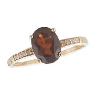 January: Yellow Gold Oval Garnet and Diamond Ring