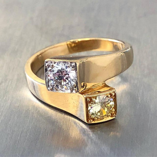 Vintage Italian 18 Karat Yellow Gold Yellow and Colorless Diamond Ring