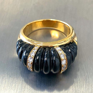 Vintage 18 Karat Yellow Gold Carved Onyx and Diamond Ring by Carvin French
