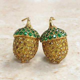 18 Karat Yellow Gold Yellow Diamonds and Tsavorite Garnet Earrings by Carvin French