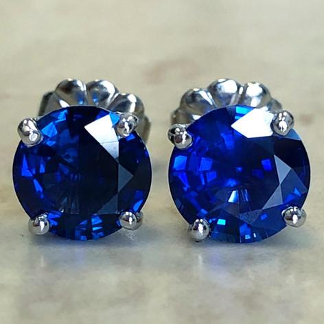 Custom-Made 2.65 Carats Sapphire Stud Earrings