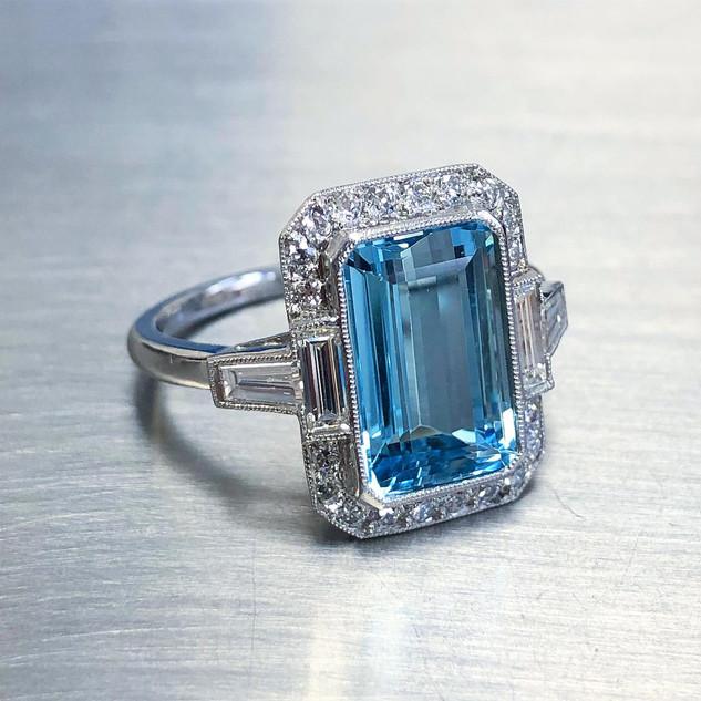 3.51 Carats Aquamarine Ring