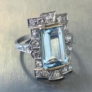Art Deco Aquamarine and Diamond Cocktail Ring