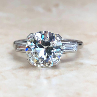 Vintage 2.48 Carats Diamond Engagement Ring