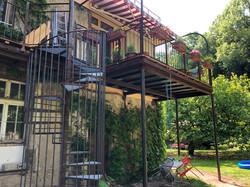 Neue Treppe, neuer Balkon
