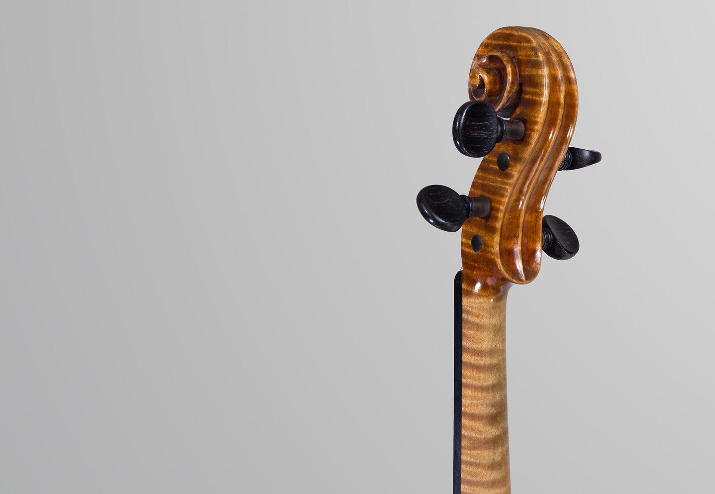Leandro Bisiach Violin Scroll