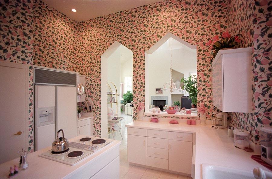 417 kitchen.jpg