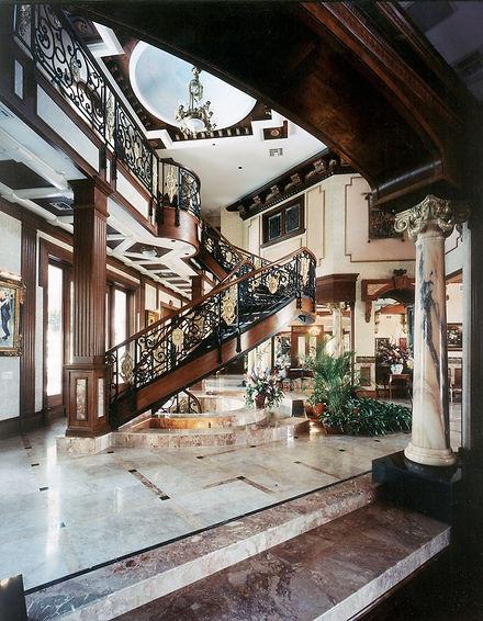 Classical curving stairway.jpg