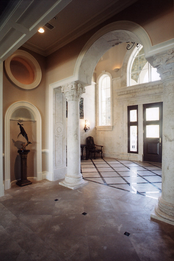 foyer right 6.jpg