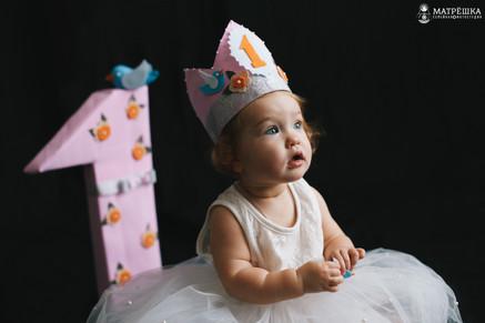 Фотосъёмка первого дня рождения в студии