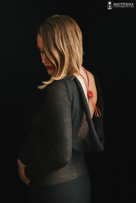 фотосъёмка беременности в студии