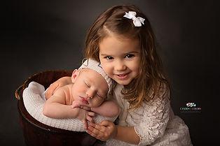 Sibiling Newborn Photo