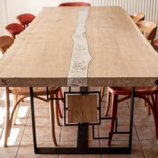 atelier-let-table-etain