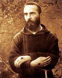 Padre-Pio-02.jpg