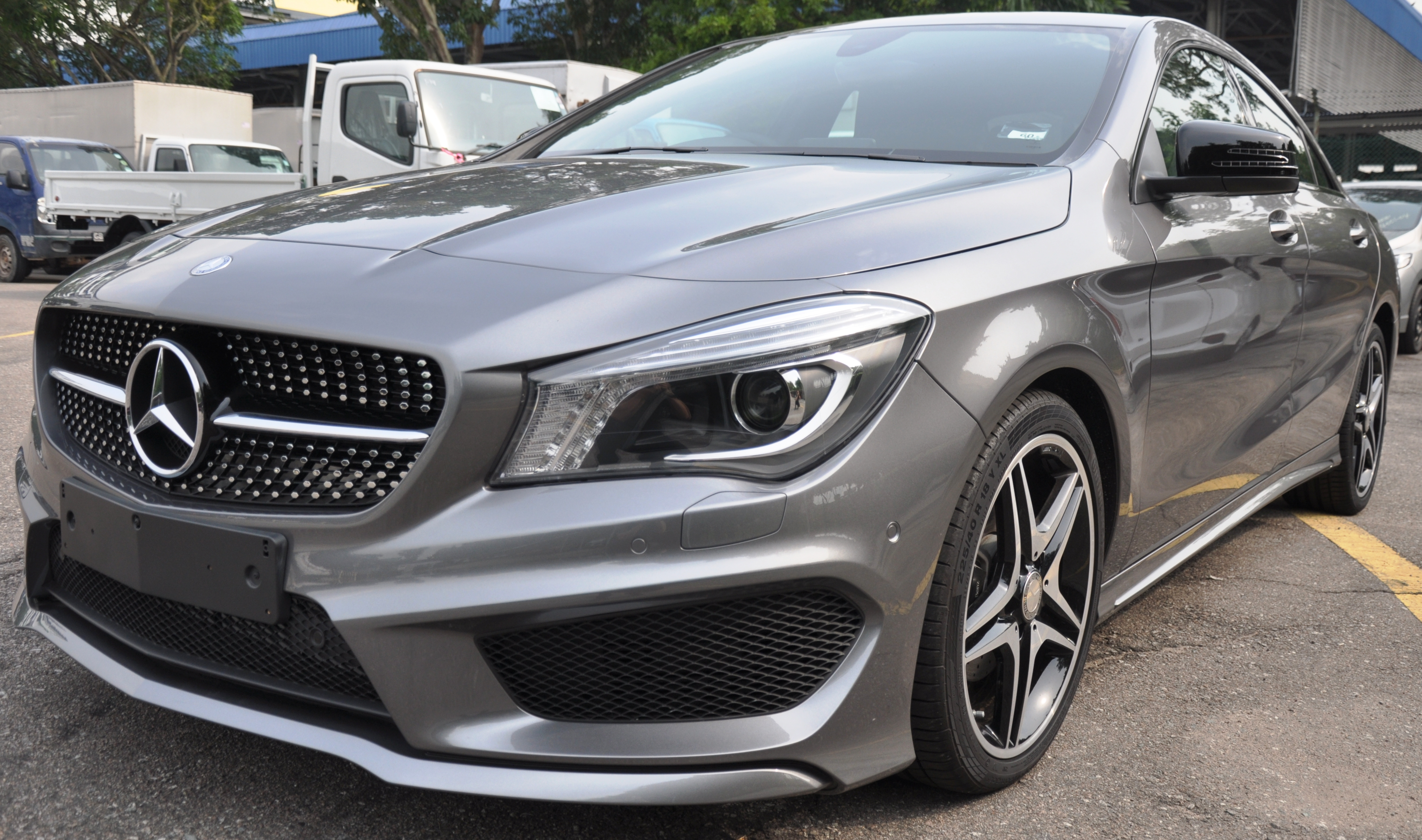 Mercedes-Benz -CLA
