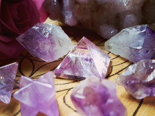 8 highly underrated crystals that create more harmony in our lives