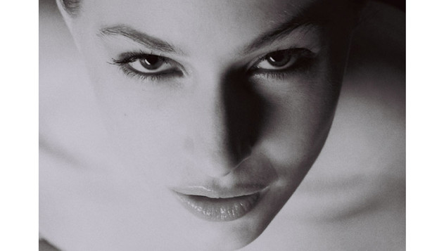 Model Tara Wallace Headshot