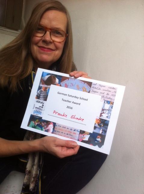 Gewinnerin des allerersten German Saturday School Teacher Award (GSSTA) ist Frauke Ehmke aus der DSS Hackney Wick. Herzliche Gratulation! Hier ist das Unterrichtsprojekt der Gewinnerin.